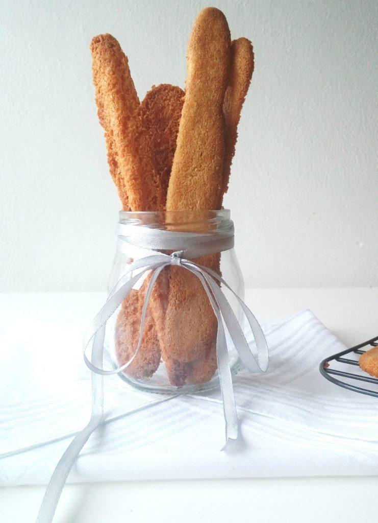 EASY CHEESY STRAWS|www.andthentherewasfood.co.za