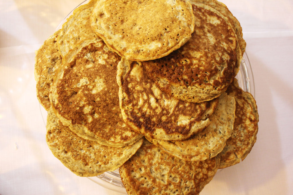 Whole meal banana pancakes|www.andthentherewasfood.co.za