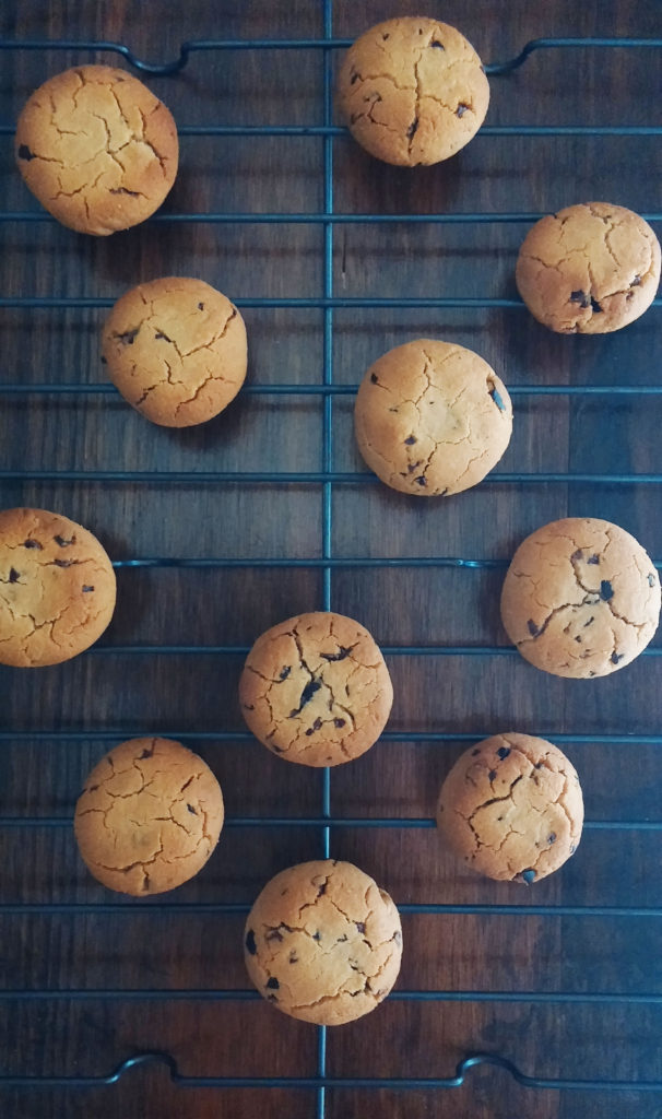 Low-carb choc-chip cookies|www.andthentherewasfood.co.za